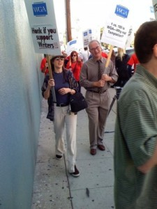 WGA_PIcket
